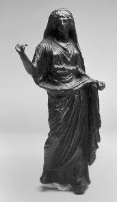 bronce-con-representacion-de-posible-flaminica-siglo-i-d-c-cerro-del-calvario-merida